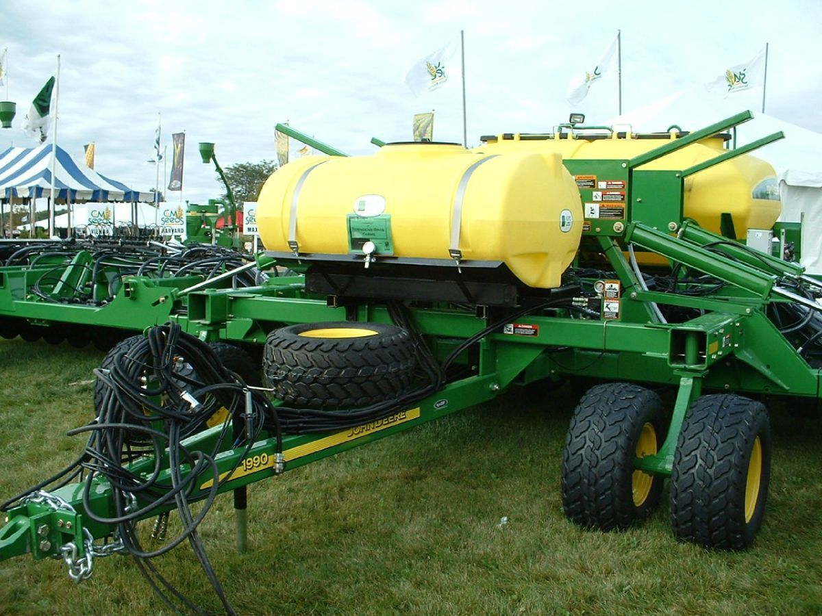 Farm equipment with tents